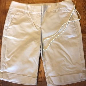NWOT Ann Taylor Classic Chino Shorts